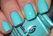 Fingernails / by Jenna VanBuskirk