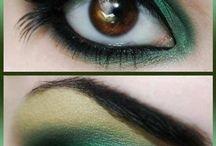 Makeup / by Dan Ro