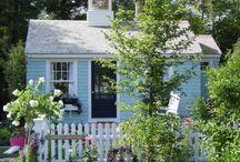 garden houses / little cottages in the garden