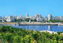 Cuba / Varaderos kridhvide strande og Havannas specielle byatmosfære. Hvad end du vælger, vil du snart opdage, at på Cuba er alt anderledes. Her lever man livet i takt til salsa- og rumbarytmer, der er liv og glade dage overalt og ikke langt til et smil. Se mere på http://www.apollorejser.dk/rejser/nord-og-central-amerika/cuba