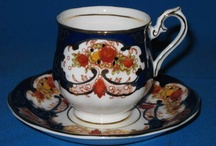 Royal Albert Heirloom Pattern and it's un-named similar pattern