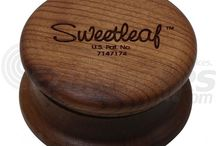 Sweetleaf / Sweetleaf specializes in wooden grinders with sharp peg teeth that tear and pull material apart.
