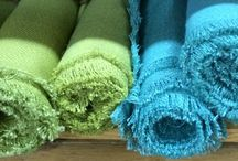 Linens, Table Runners & Napkins / Various linens, table runners and napkins for your event.