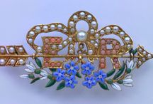 Jewellery: Brooches