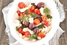 Insalate che passione / Fresche, veloci e super light. Ecco tante idee gustose per insalate buonissime.