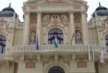 Pecs  ( Pécs )