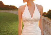 Halter neckline / by Kari Young Floral Designs