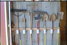 Yard tool organizer