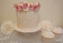 Intimate and small Wedding Cake Ideas