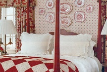 Red and White Decor / All things red and white to decorate your home and office.
