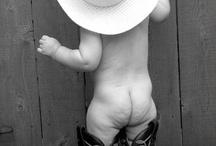 oh so cute / by Charli Barrilleaux