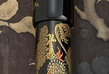 Namiki: pens, lighters and other fantastic hand painted items / Le famose e pregiate decorazioni manuali cinesi Namiki realizzate su penne stilografiche, accendini e accessori in proprio o per Dunhill ............. Time to buy an antique is when u see it !