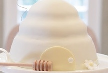 Sweet Desserts / by Kim Hendricks