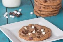 Cookies / by Shawna Evangelista