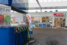 SPAR Express üzletünk a Védgát utcai OMV benzinkúton / A Védgát utcai OMV töltőállomáson megnyitottuk SPAR Express üzletünket, ahol az élelmiszerek kedvező SPAR áron vásárolhatóak meg! Nézz be hozzánk tankolás után!