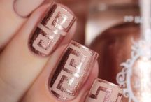 Art work on nails