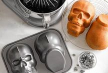 Foodware!  / Bakeware, cookware and everything in between!