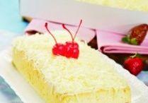 Saji cake / by Kristina Yulianti
