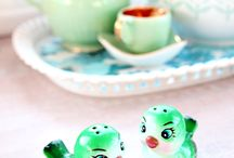 Salt & Pepper Shakers I Would LOVE! / by Jamie Jackman