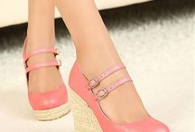 Closed Toe Wedges