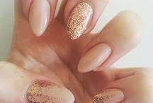 Nails elegant