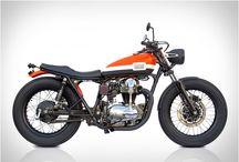 motos / by Juan Rosso