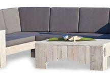 WITTEKIND Lounge Ecksofa / Das WITTEKIND Lounge Ecksofa lädt zum gemütlichen Verweilen mit der ganzen Familie oder Freunden ein. Die 13 Polster – sieben Kissen für die Lehne und sechs für die Sitzfläche – bestechen durch ihre elegante Optik und bieten Ihnen eine bequeme, großzügige Sitzfläche zum Wohlfühlen, Entspannen und Relaxen.