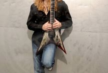 Dave Mustaine x