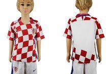 Billige fodboldtrøjer Croatia til børn / Køb billige Croatia fodboldtrøjer til børn online med oplag. Vi leverer nye Croatia billige fodboldsæt børn med lav pris og hurtig levering. Køb nu!