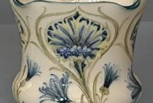 Moorcroft & Other - English art pottery / Moorcroft pottery - http://www.moorcroft.com/site/