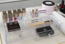 Make-up & Jewellery Storage