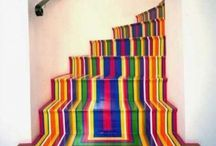 20 Whimsical Colorful Staircases / 20 Whimsical Colorful Staircases