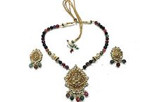 Indian Vintage Jewelry / Indian Ethnic Jewelery with traditional design and pattern which makes your different from others. Each peace jewellery is design by Indian artists. Variety o of Necklaces, Rings,  earrings, Bracelet, kundan jewellery.