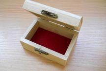 Ajándék dobozok / Pirogravírozott, festett és decoupage technikával díszített ajándék kincses dobozkák.