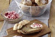 Brot u. Brötchen aus der eigenen Bäckerei