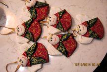 VARRÁSAIM - Karácsony / Karácsonyi kisebb-nagyobb ajándékok, ünnepváró dekoációk