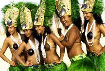 Ori Tahiti & Hula / by Maeva-Johanna Charles