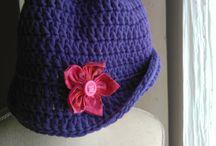 artesana cappelli lana e cotone / cappelli artigianali lavorazione uncinetto