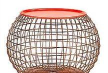 Bijzettafels / Bijzettafels van hout glas of metaal.De bijzettafel zijn van verschillende merken.