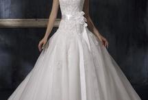 Weddinggg ! / by Audrey NiCole