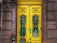 Beautiful Doors / by Kara Sevgi