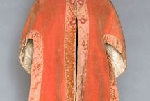 18th century hoods, capes, caps and bonnets