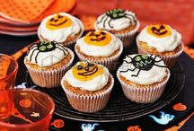 Happy Halloween / Trick or treat? The scariest night of the year is coming. Here are many beautiful recipes to be ready for the party.
