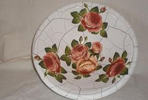 plates / plates with painting or decoupage