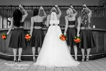 Bride + Babes photo Ideas / Must have photo ideas for you and your besties