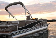 """Harris Pontoon Boats / With vessels perfect for everything from fishing to family time, Harris Flotebote designs its pontoon boats with both care and precision to create a """"home away from home"""" for its customers.   http://www.lakeunionsearay.com/Page.aspx/pageId/152104/Harris-Flotebote-Pontoon-Boats.aspx"""