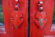 Beautiful Red Doors  / Red Doors are so inviting and happy / by Lynn Howard
