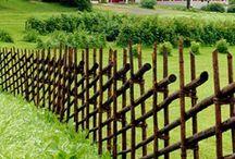 Garden separation ideas - Portes et clôtures au jardin / Comment rythmer le jardin avec des clôtures, portillons etc.