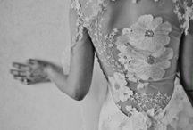 WEDDING IDEAS! / by Jessica Dover