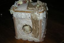 Altered vintage box by Elena Cavalli